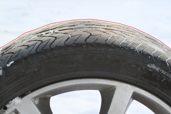 Clearly, the inside tread of a Michelin Sport tire mounted on a G35 Coupe wears faster than the outside of the tread
